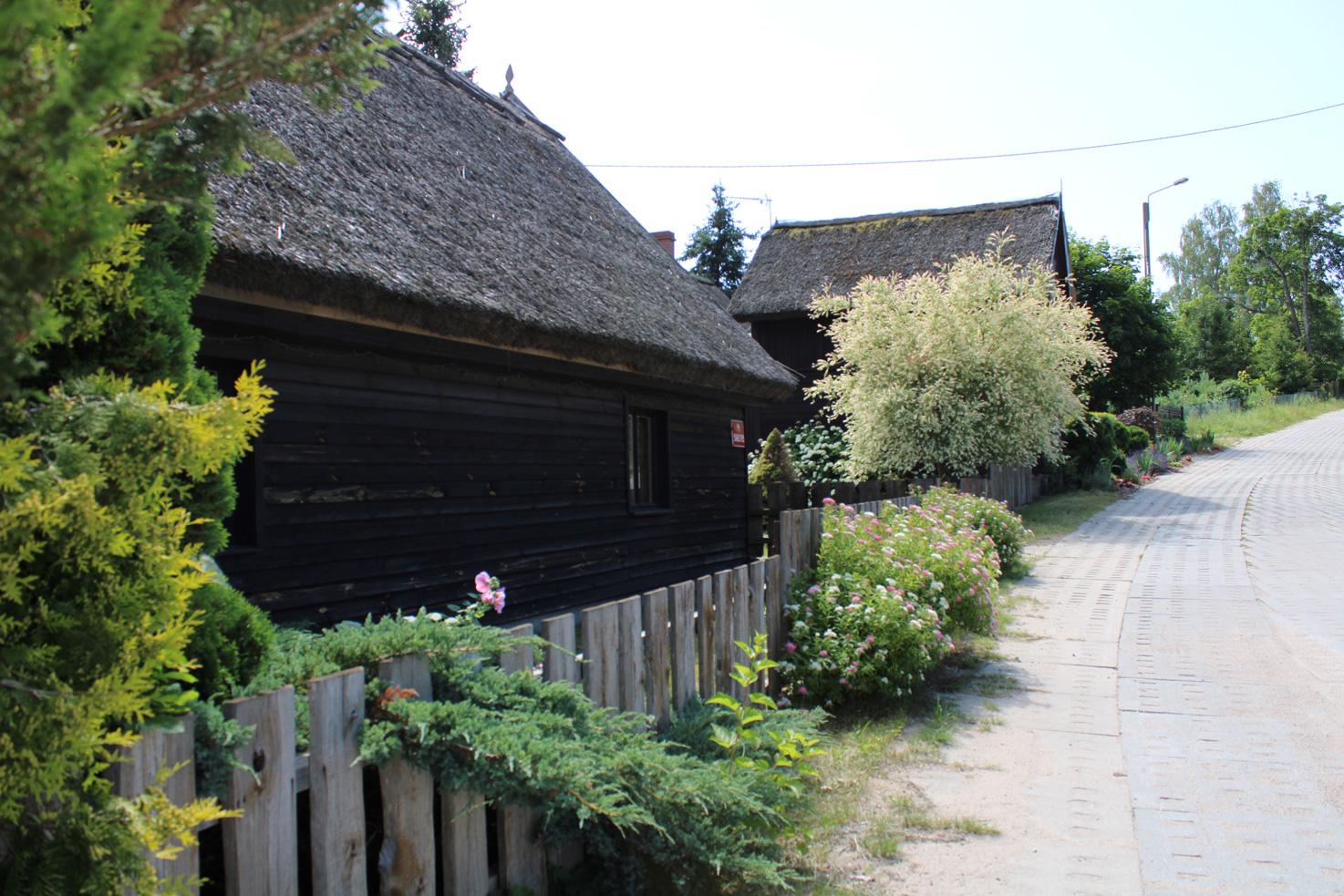 Drewniany dom sołtysa w Juszkach