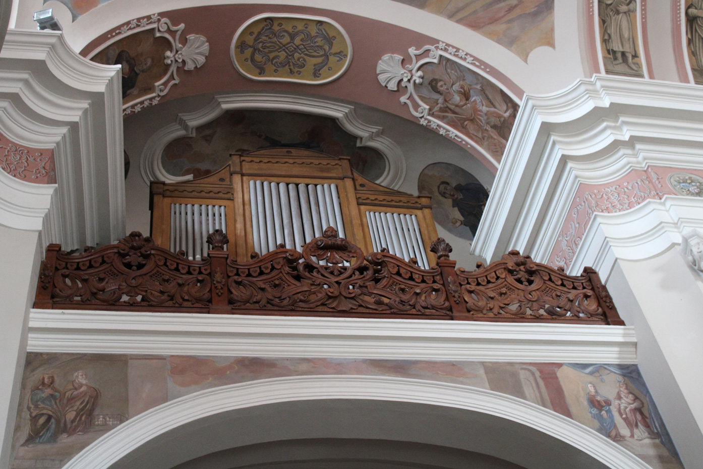 Empora organowa