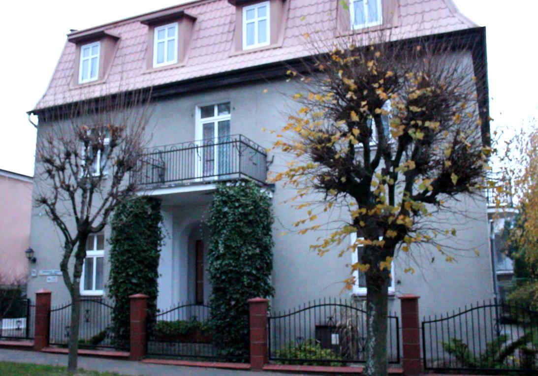 zabytkowy pensjonat we Władysławowie