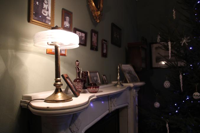 kominek w salonie